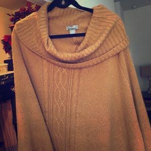 Niemann Marcus cashmere sweater